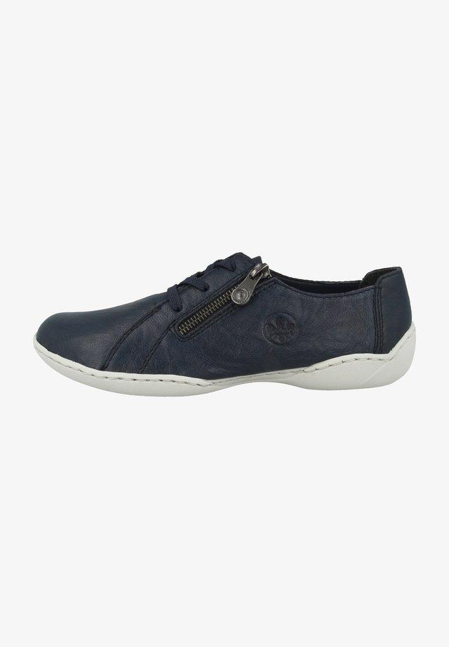 Chaussures à lacets - pacific