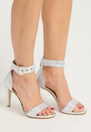 Sandály na vysokém podpatku - silber