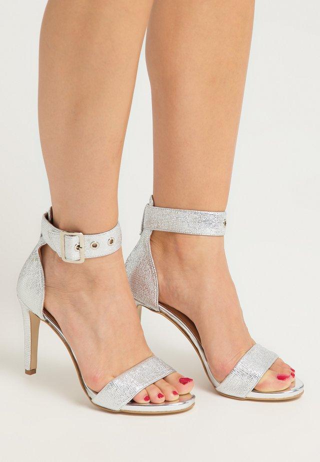 Sandali con tacco - silber