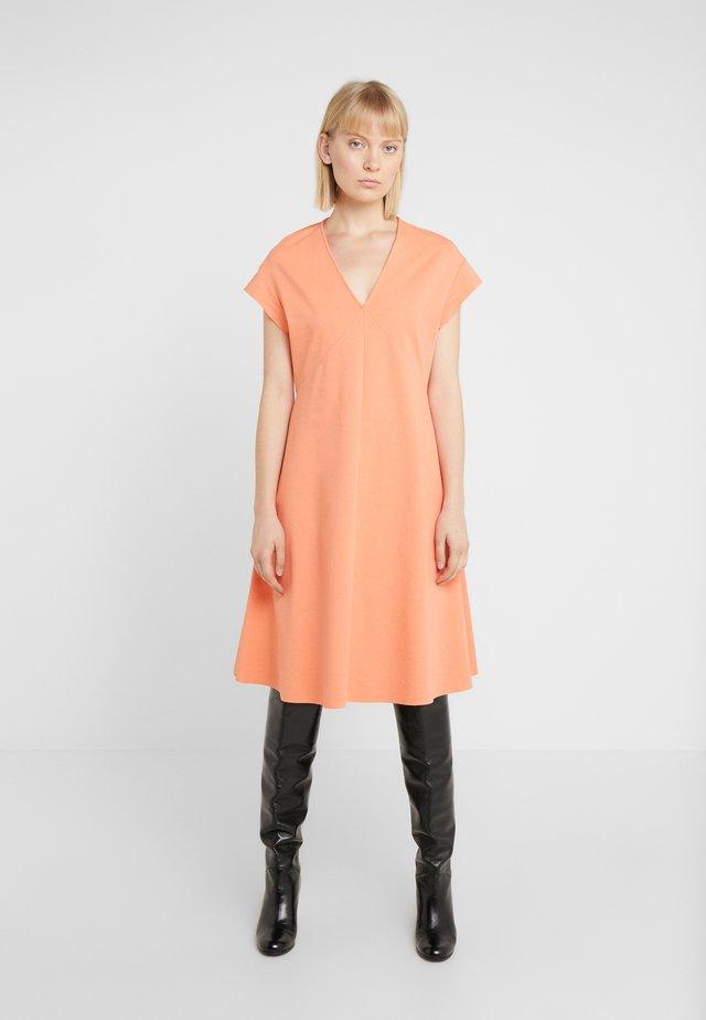 BASIMA - Jersey dress - coral