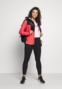 The North Face - WOMENS TENTE JACKET - Hardshell jacket - cayenne red/black - 1