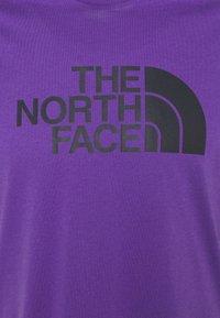 The North Face - M S/S EASY TEE - EU - T-shirt med print - peak purple - 5