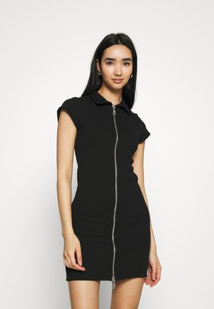 UNKNOWN - Jumper dress - black
