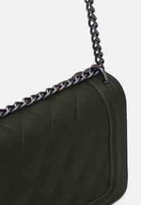 Gina Tricot - MACIE BAG - Across body bag - dark green - 3