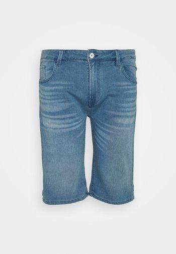 KEN PLUS - Jeansshort - blue wash