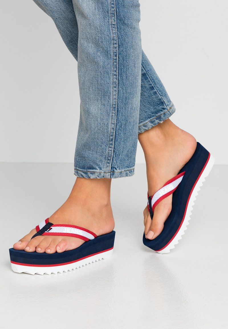 Tommy Jeans - RECYCLED MID BEACH SANDAL - Flip Flops - twilight navy