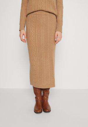 MEZIV MID PENCIL - Pencil skirt - classic camel