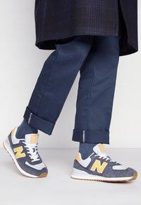 New Balance - 574 UNISEX - Zapatillas - grey - 0