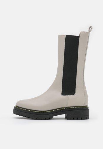 NATALIE BOOT - Støvler - offwhite