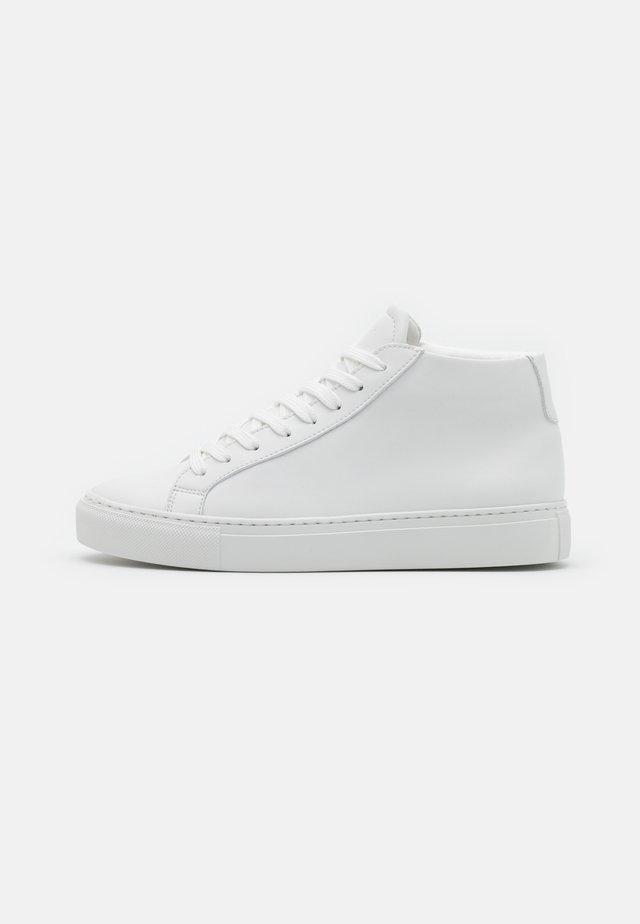 TYPE MID VEGAN - Sneakers hoog - white