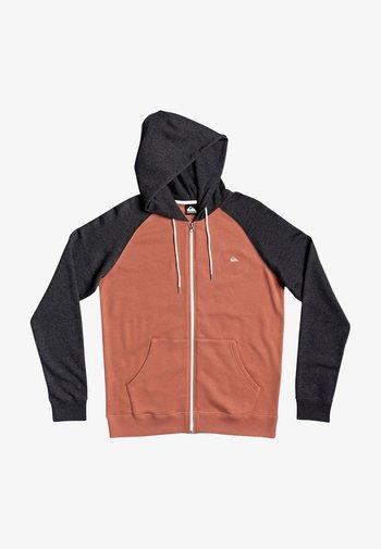 EVERYDAY - Zip-up sweatshirt - redwood