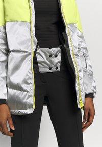 Brunotti - OKALANI WOMEN SNOW JACKET - Snowboardová bunda - lavender - 8