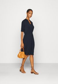 Selected Femme Tall - SLFMIE-DAMINA DRESS TALL - Day dress - dark sapphire - 1