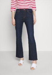 GAP - PEARL - Bootcut jeans - dark rinse - 0