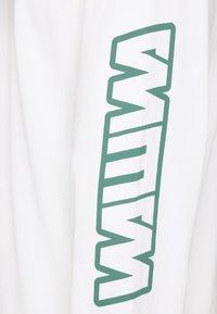 WAWWA - UNISEX - Maglietta a manica lunga - white - 2