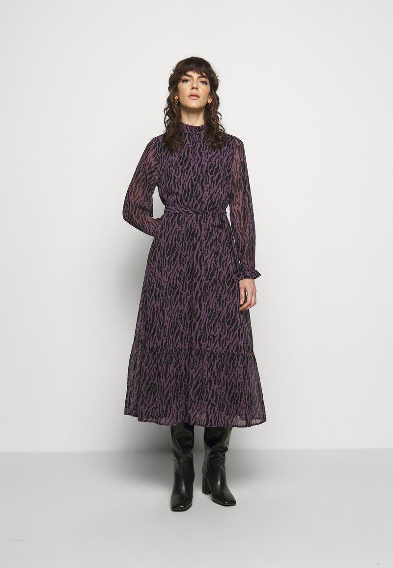 Bruuns Bazaar - GRACE SICI DRESS - Košilové šaty - grace artwork