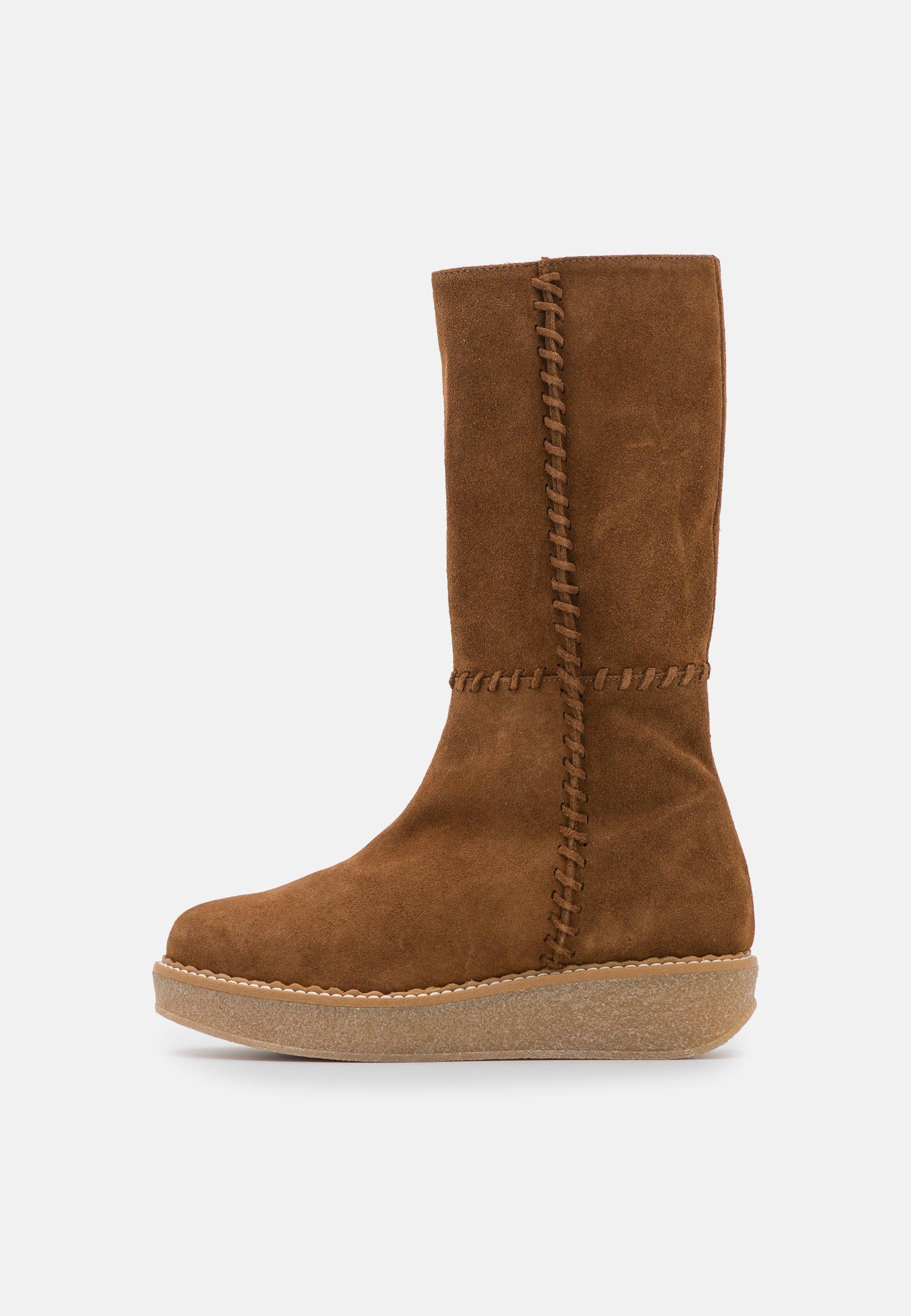 Women NUCHA - Platform boots