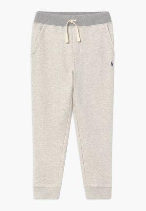 BOTTOMS PANT - Teplákové kalhoty - new sand heather
