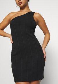Miss Selfridge Petite - MINI ONE SHOULDER BANDAGE DRESS - Kjole - black - 5