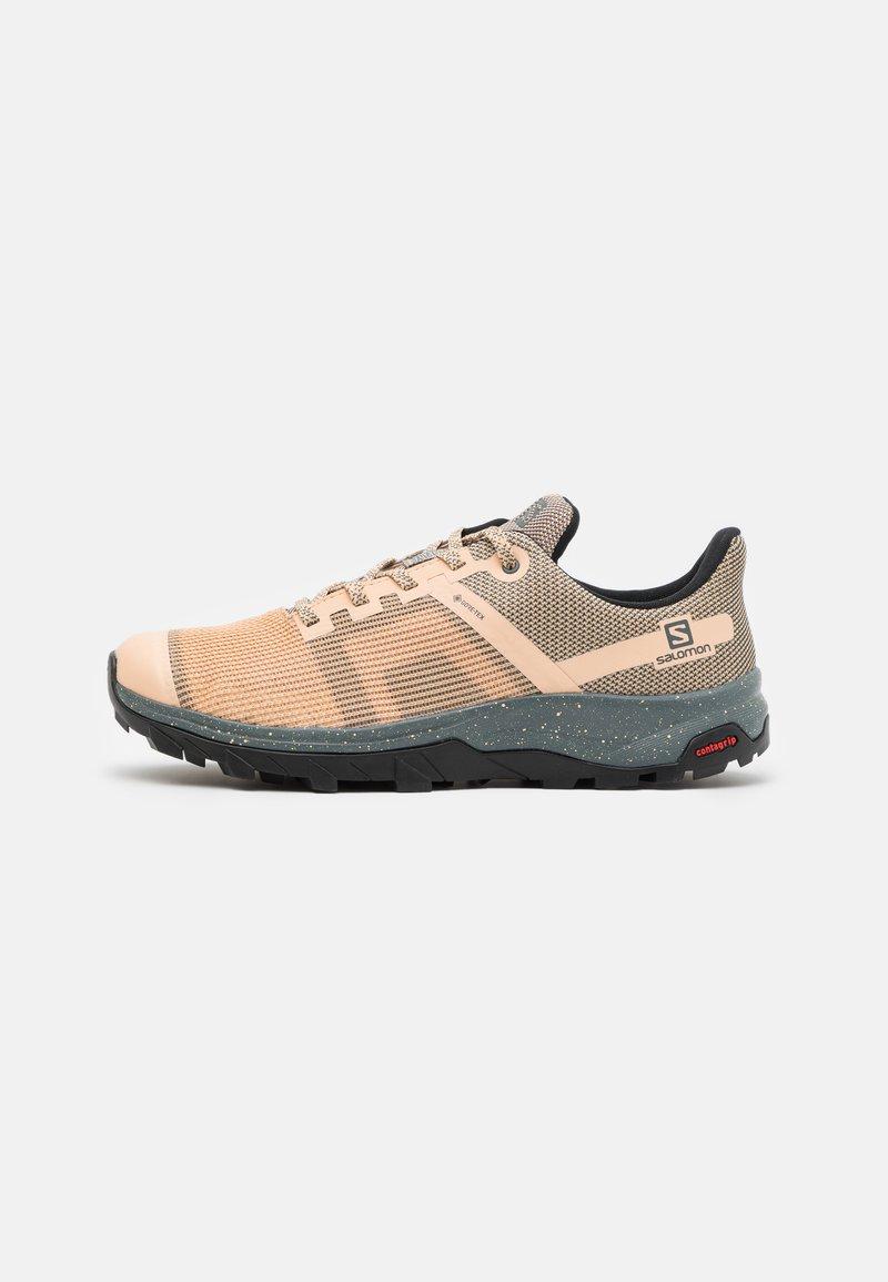 Salomon - OUTLINE PRISM GTX - Hiking shoes - almond cream/stormy weather/black