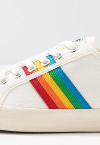 Gola - COASTER RAINBOW - Sneakersy niskie - offwhite - 2
