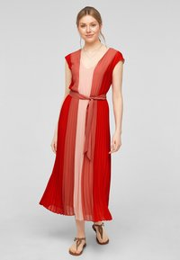 s.Oliver BLACK LABEL - Day dress - red colourblock - 1