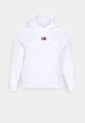 CENTER BADGE HOODIE - Sweatshirt - white