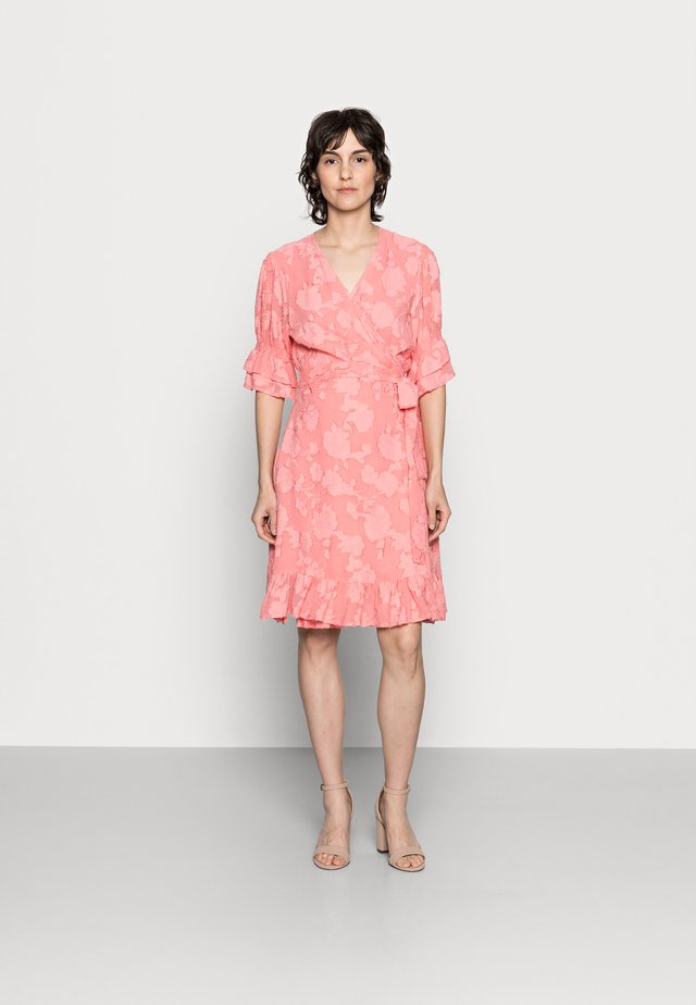 IKA - Korte jurk - peach blossom