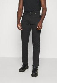 Wrangler - TEXAS - Jeans straight leg - black - 0
