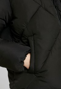 Calvin Klein Jeans - QUILTED PUFFER JACKET - Winter jacket - black - 6