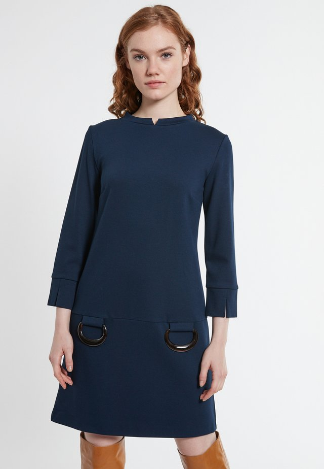 BECTI - Day dress - blau