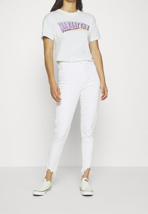 CURVY SUPER HIGH RISE CROP - Jeans slim fit - bright white