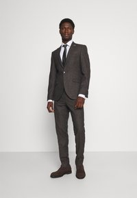 Shelby & Sons - CRANTON SUIT - Kostym - brown - 0