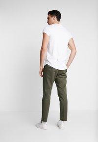 Pier One - T-shirt - bas - white - 2