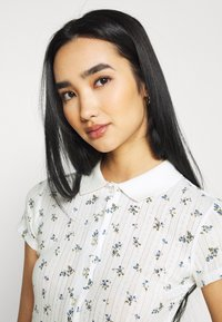 BDG Urban Outfitters - POINTELLE DITSY  - Polo shirt - white - 3