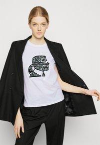 KARL LAGERFELD - SPARKLE PROFILE  - T-Shirt print - white - 3