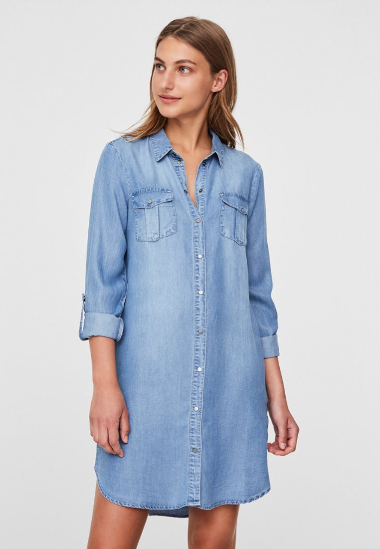 Vero Moda - Dongerikjole - light blue denim