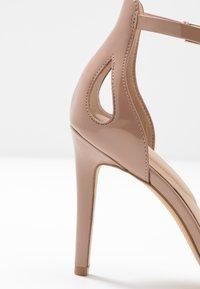 ALDO - VIOLLA - Sandaler med høye hæler - bone - 2