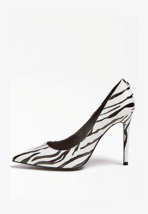 High heels - animalier