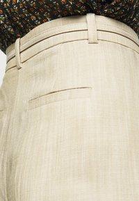 Claudie Pierlot - PATCHO - Spodnie materiałowe - beige - 5