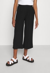 Even&Odd - Cropped wide leg trouser - Trousers - black - 0