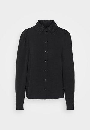 VMWIGGA COLLAR - Camisa - black