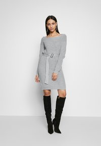 Missguided Tall - BELTED MINI DRESS - Robe pull - grey - 1