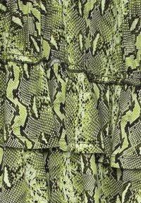 Retour Jeans - PATTY - Áčková sukně - neon yellow - 3