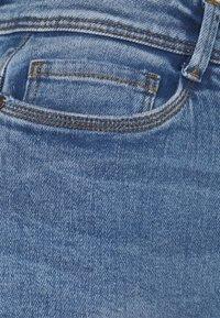 Noisy May Petite - NMAGNES SUPER SKINNY - Jeans Skinny Fit - light blue denim - 2