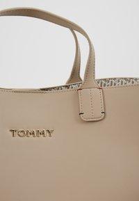 Tommy Hilfiger - ICONIC SATCHEL - Handbag - beige - 2