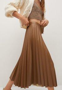 Mango - ONA - A-line skirt - středně hnědá - 4