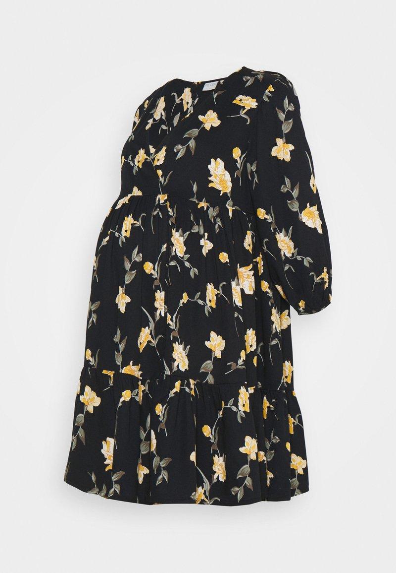 Pieces Maternity - PCMGLYDA WRAP DRESS - Denní šaty - black