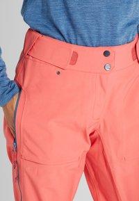 PYUA - RELEASE - Snow pants - grapefruit pink - 2