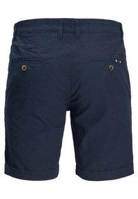 Jack & Jones - JJILINEN JJCHINO - Shorts - navy blazer - 6